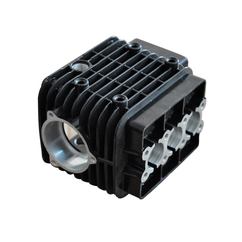 電気自動車およびハイブリッド車用のバッテリーエンクロージャー